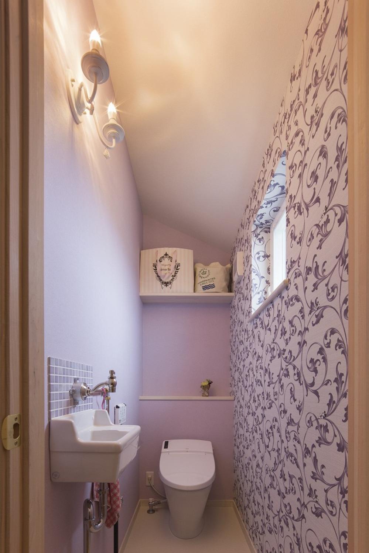 パープルでまとめたトイレ